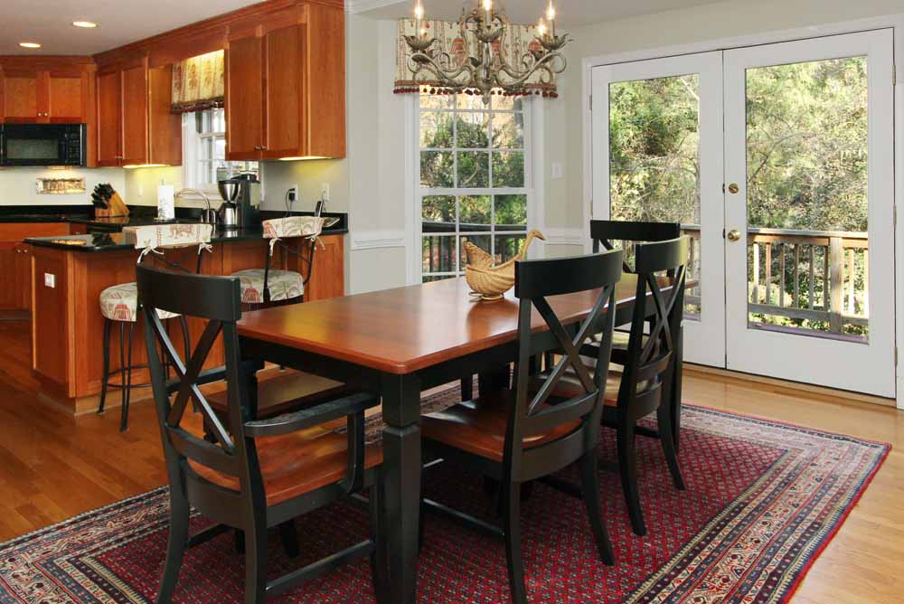 Formal Living Room Dining Adjoining The Kitchen
